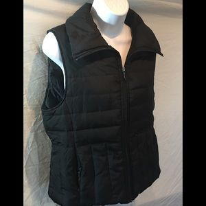 Kenneth Cole Jackets & Coats - Kenneth Cole down blend vest